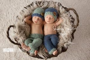 Newborn Twins Photo Porps
